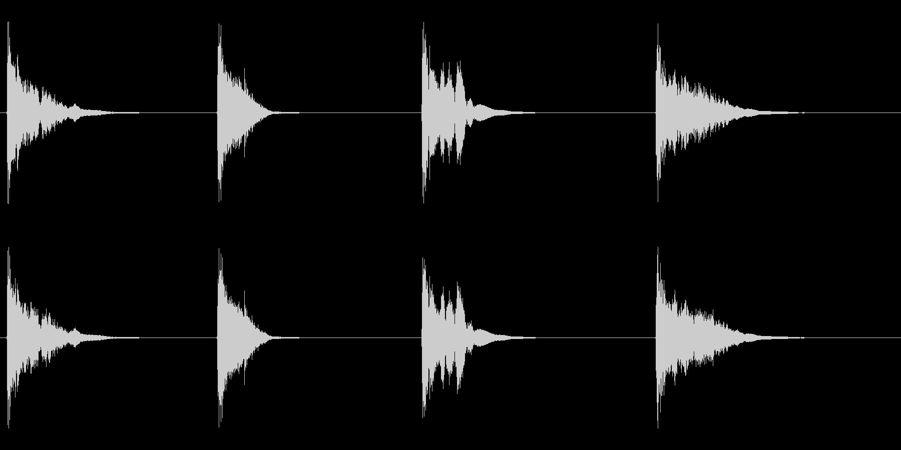 空の五十五ガロンドラム:いくつかの...の未再生の波形