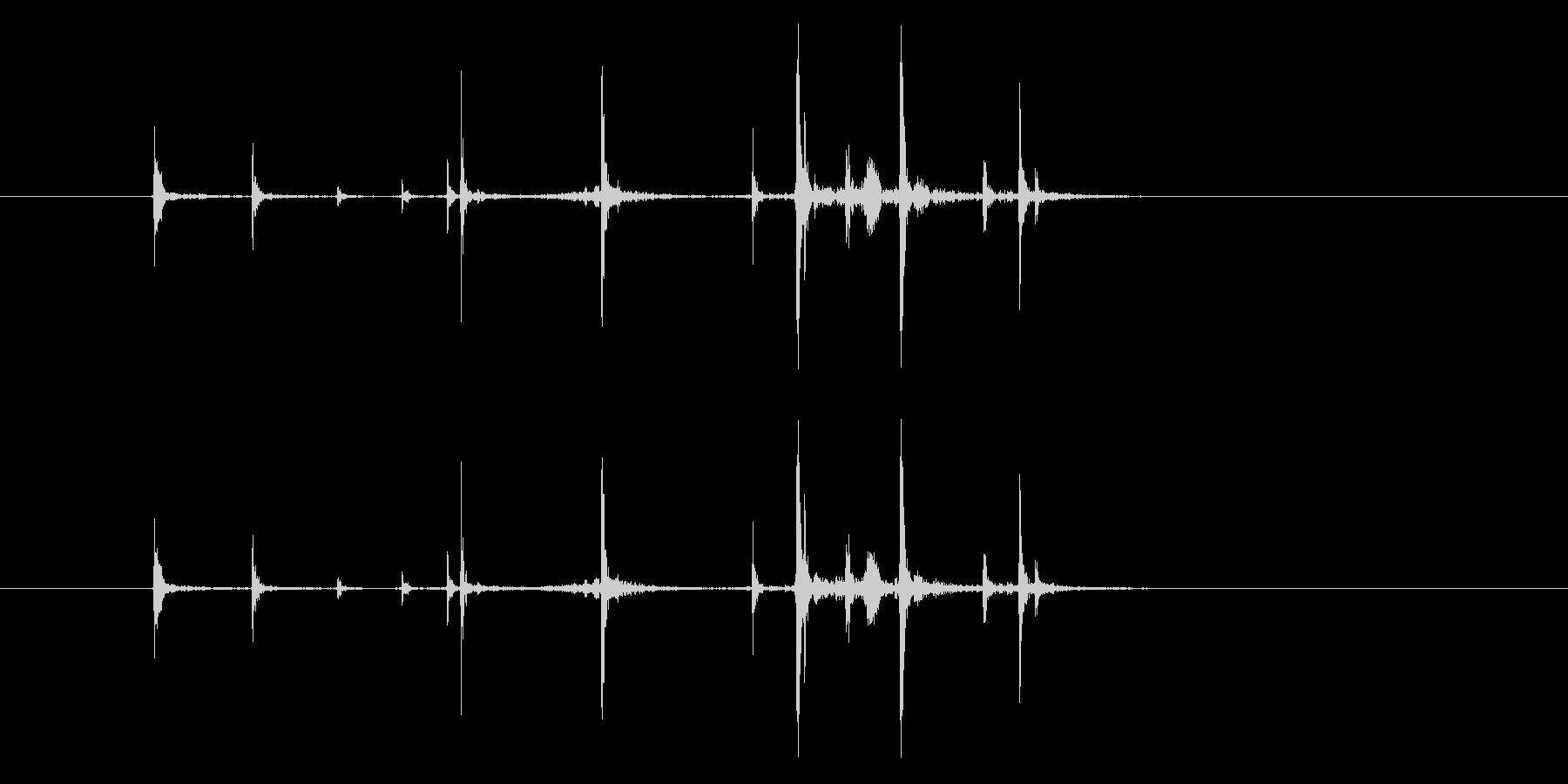 ハンドガン:グロック17:弾丸をマ...の未再生の波形