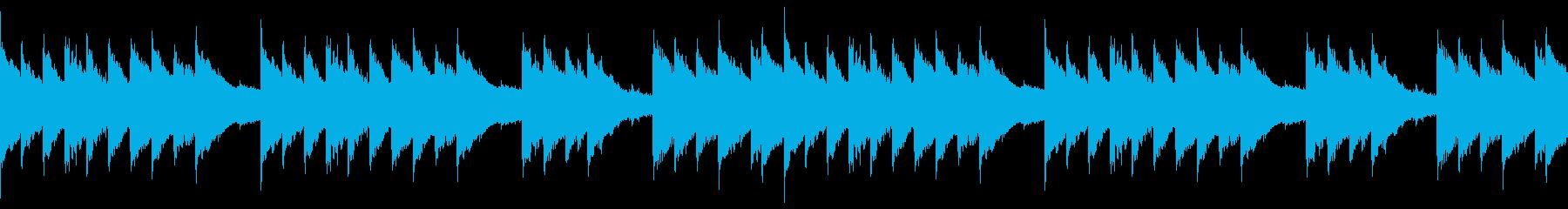 ピアノと鉄琴が3拍子で絡む不気味なBGMの再生済みの波形