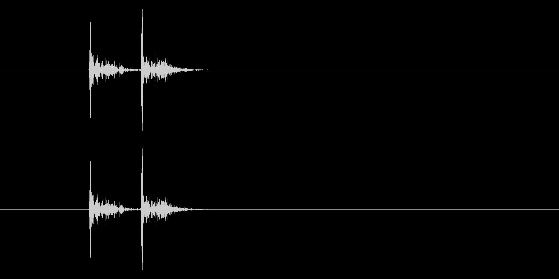 コンコンッ(木のドアをノックする音の未再生の波形