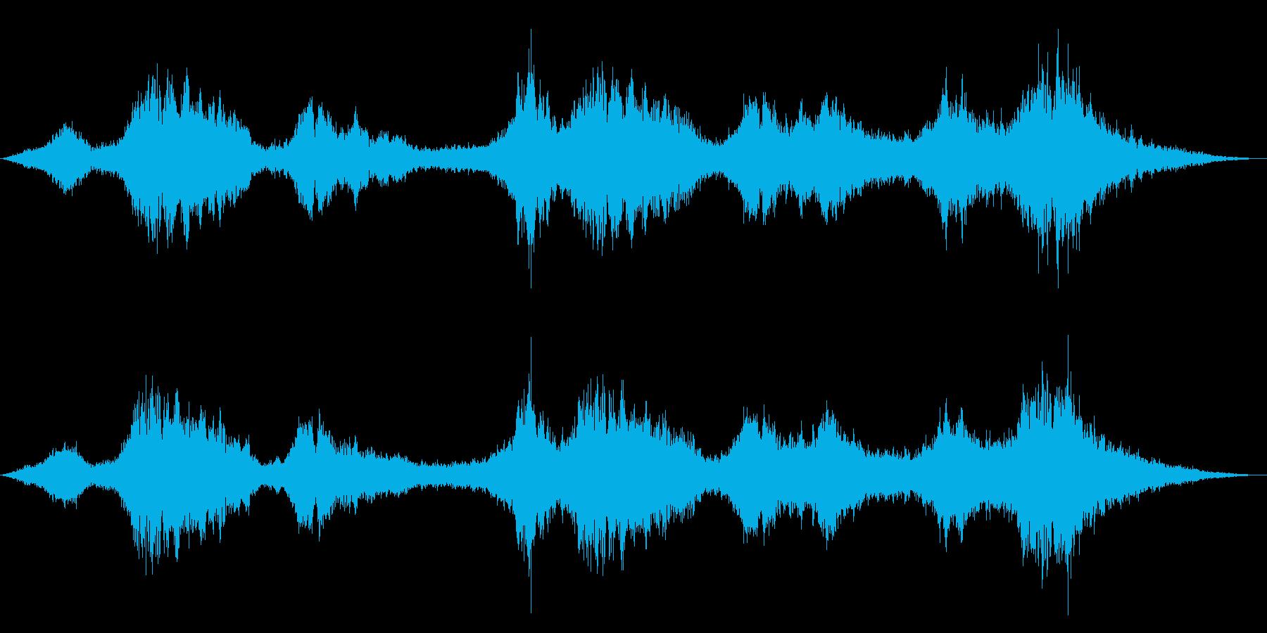 ドローン ストリングス対シンセ01の再生済みの波形