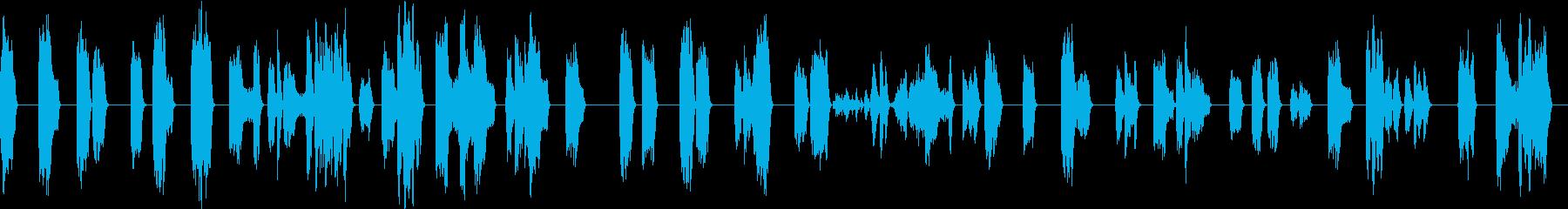 ひどく壊れた信号通信干渉の再生済みの波形