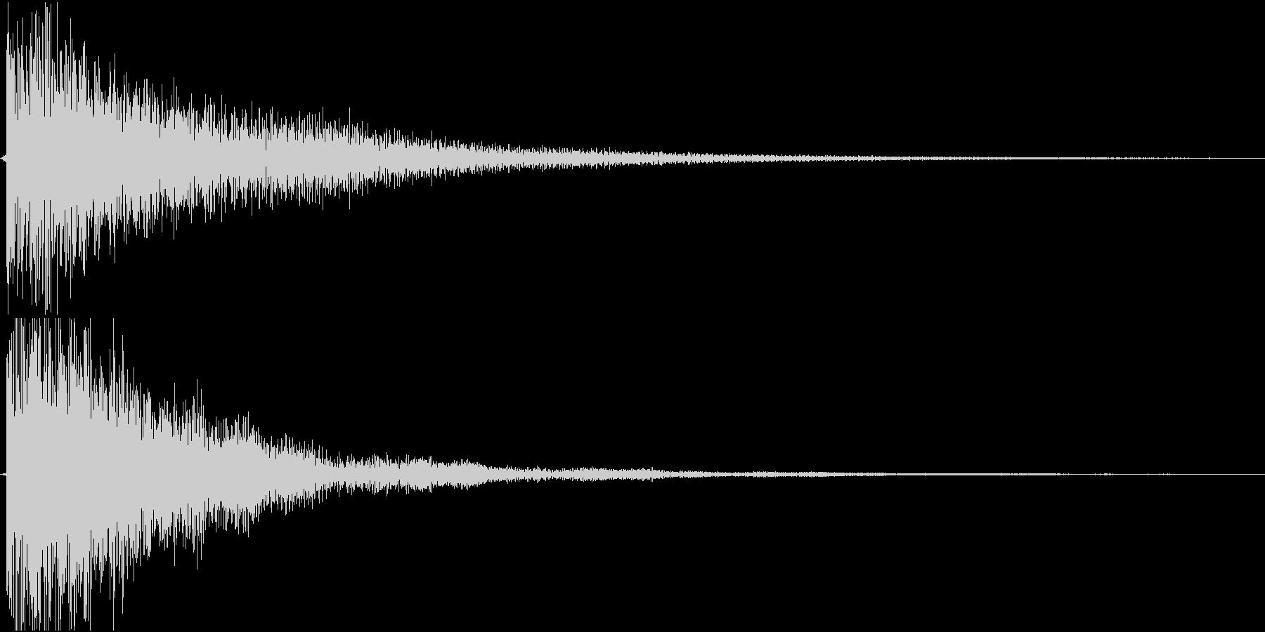 不気味な鐘の音の未再生の波形