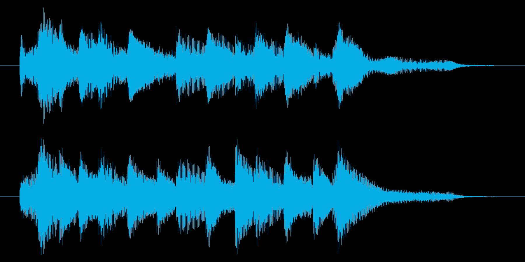 爽やかなピアノジングル 5秒の再生済みの波形