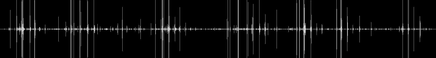パリパリ チョコ咀嚼音の未再生の波形