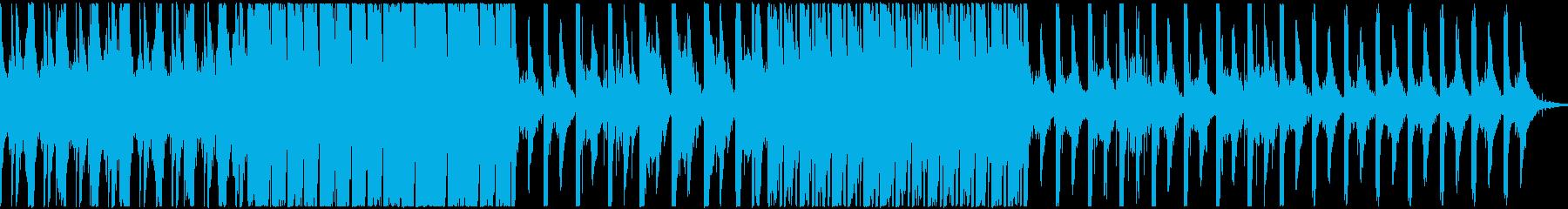 重厚で神秘的なピアノとベル主のエレクトロの再生済みの波形