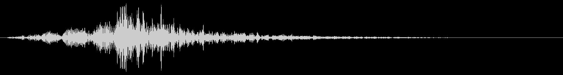 どーん:オープニングロゴなどの締めの音7の未再生の波形