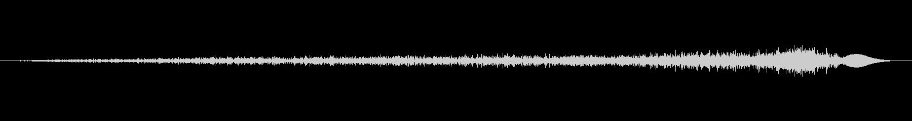 スーッ(スワイプゆっくり、ページめくる音の未再生の波形
