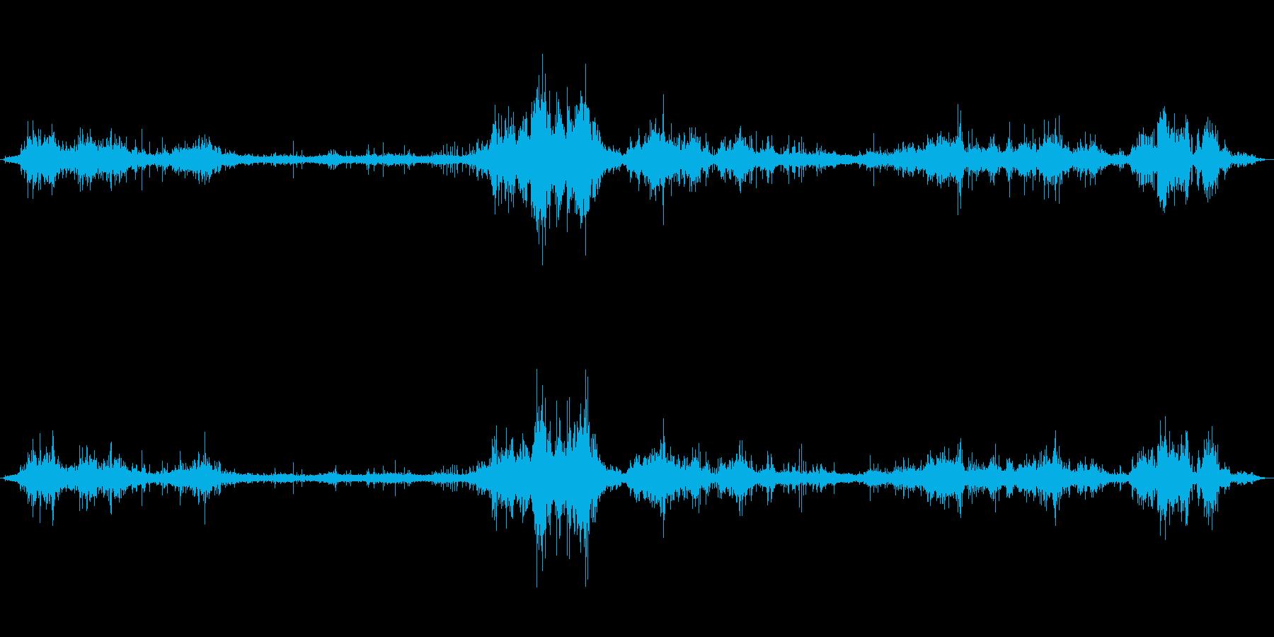 [生録音]大雨、嵐の日の室内の再生済みの波形