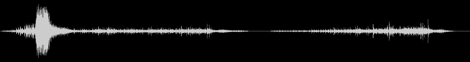 スポテッドジャガー:スナップアンド...の未再生の波形