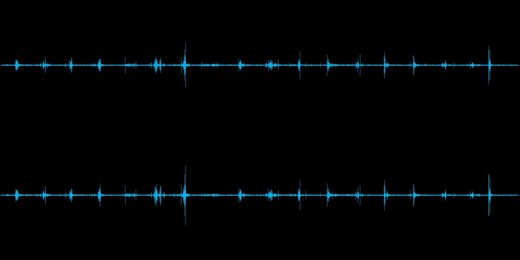 【生音】歩く・砂利 - 2 「じゃり・…の再生済みの波形