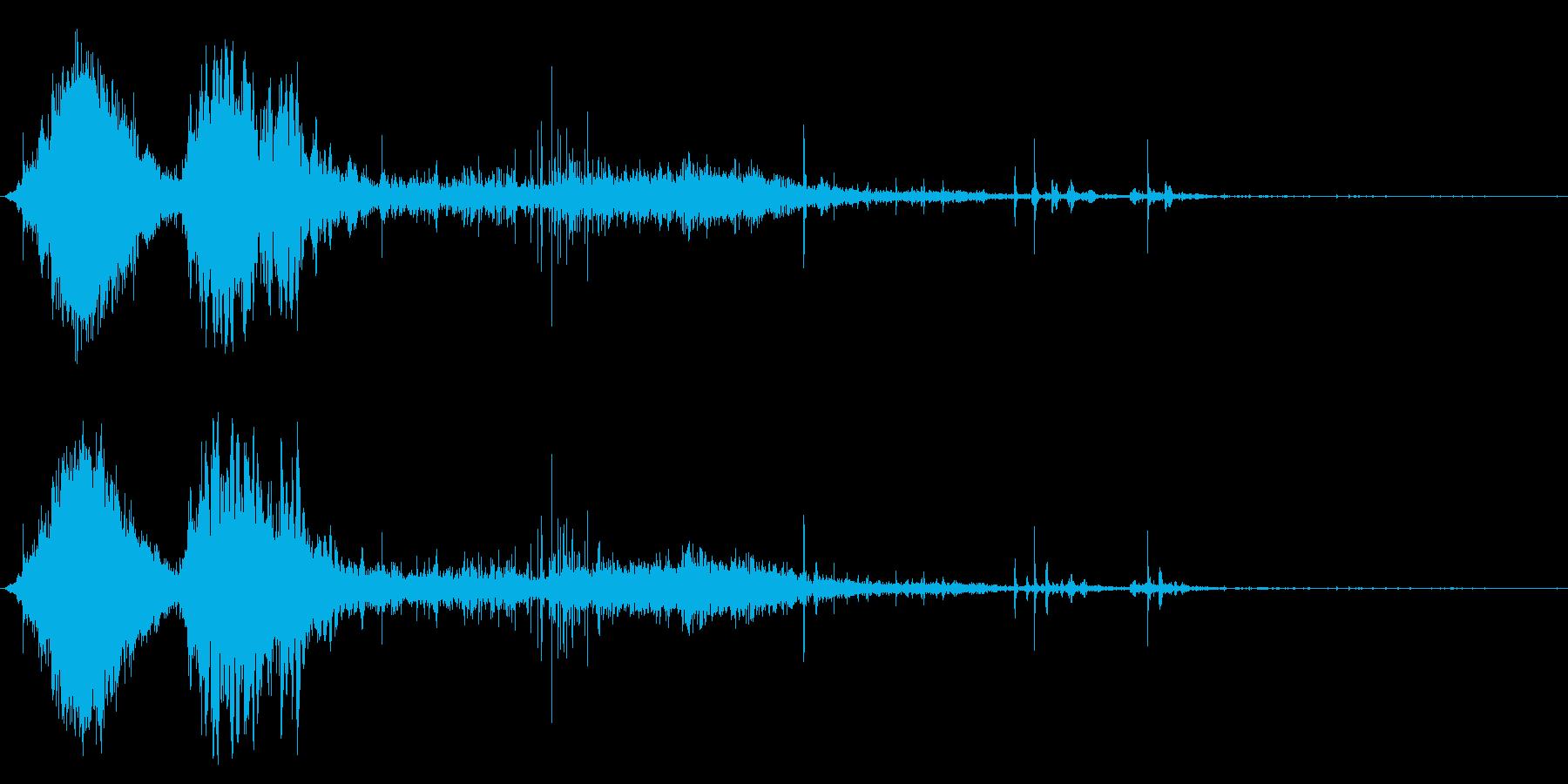 斬撃音(刀や剣で斬る/刺す効果音)12の再生済みの波形