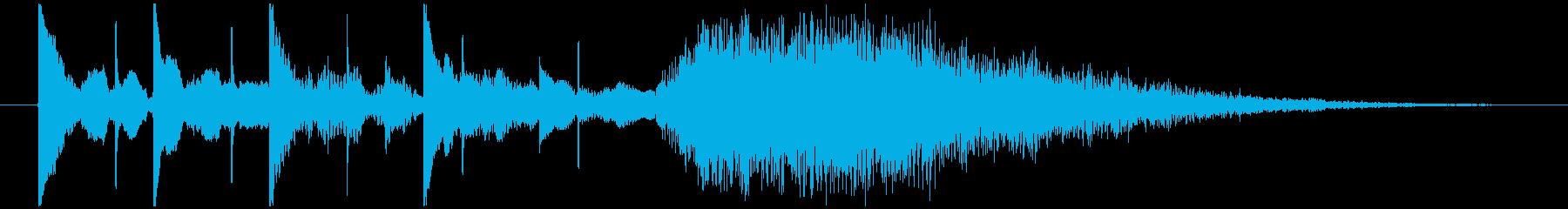 シンプルなデジタルエレクトロニクス系ロゴの再生済みの波形