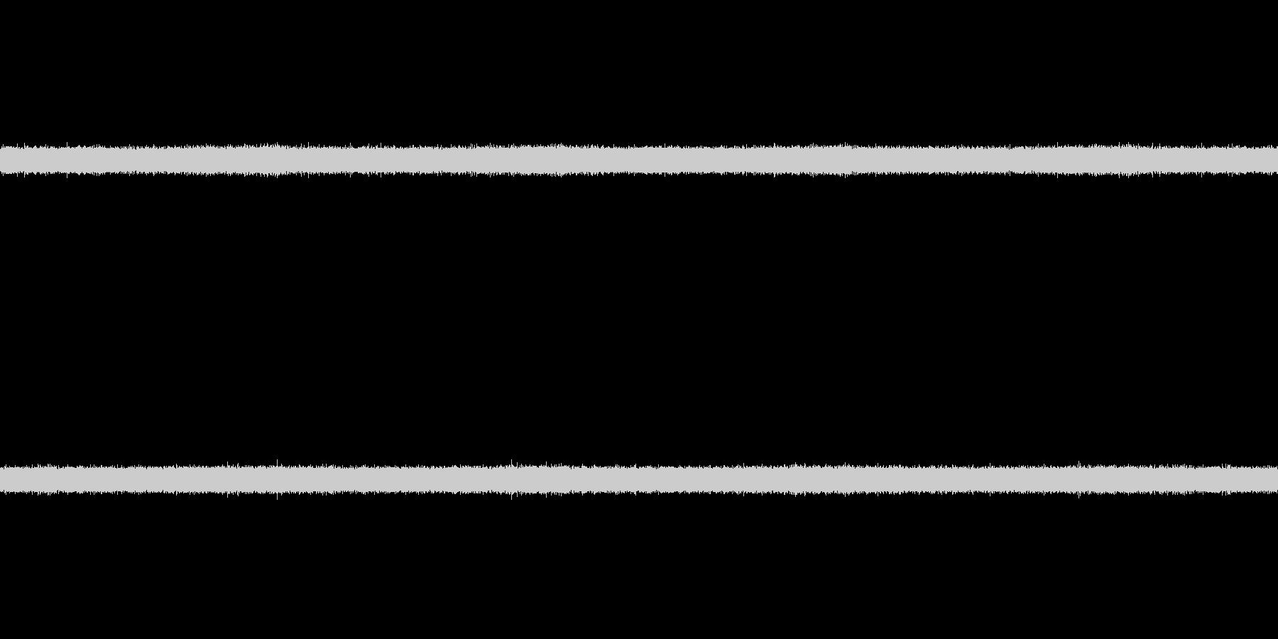 ザー(滝の流れる音)の未再生の波形