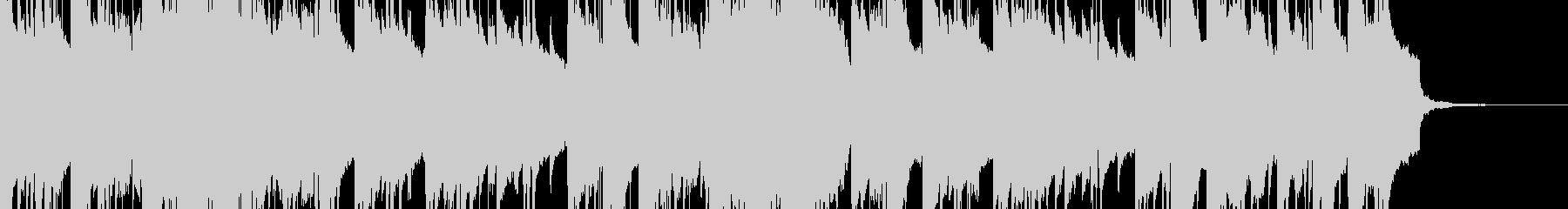 琴と電子音の混ざった幻想的な和風の曲の未再生の波形