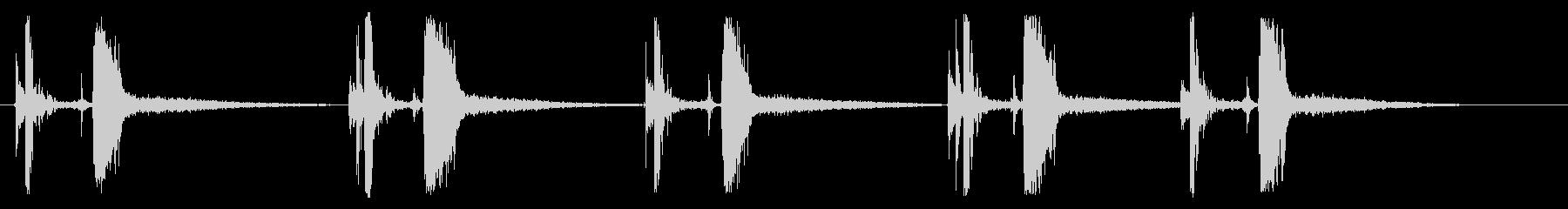 空気圧式ネイルガン:ファイブショッ...の未再生の波形