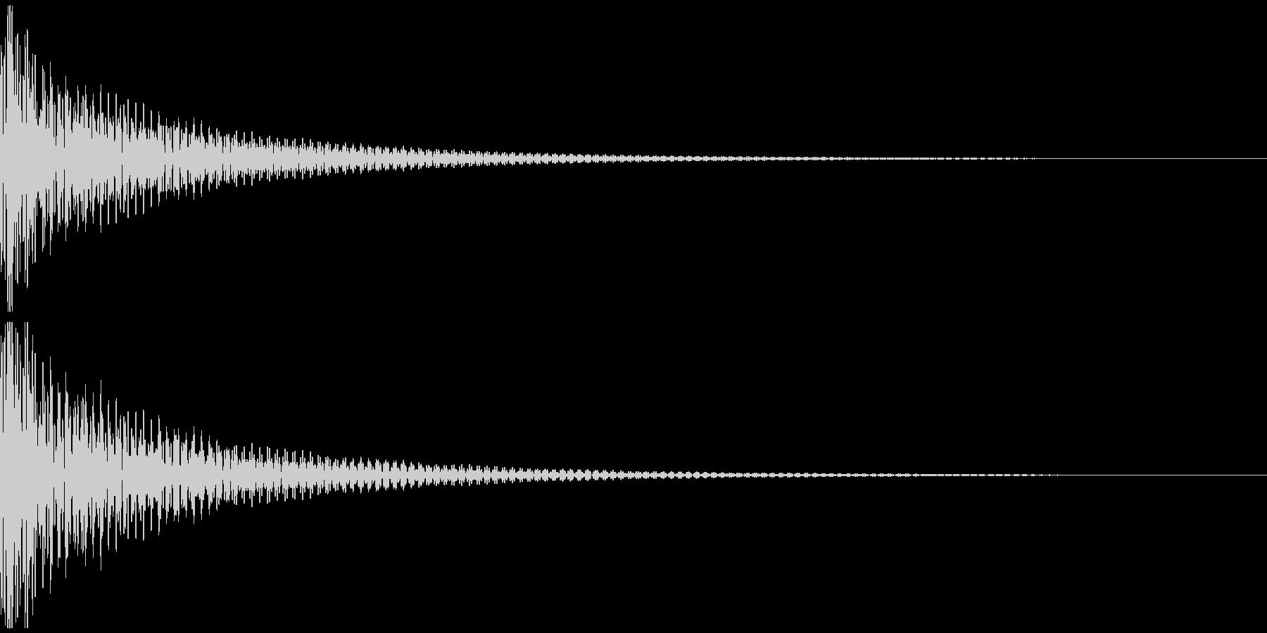 ドン(和太鼓一発)の未再生の波形