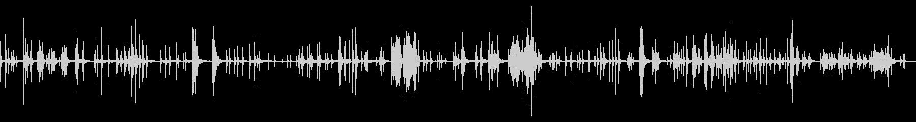 空間デザイン/ピアノの無機質で静かの未再生の波形