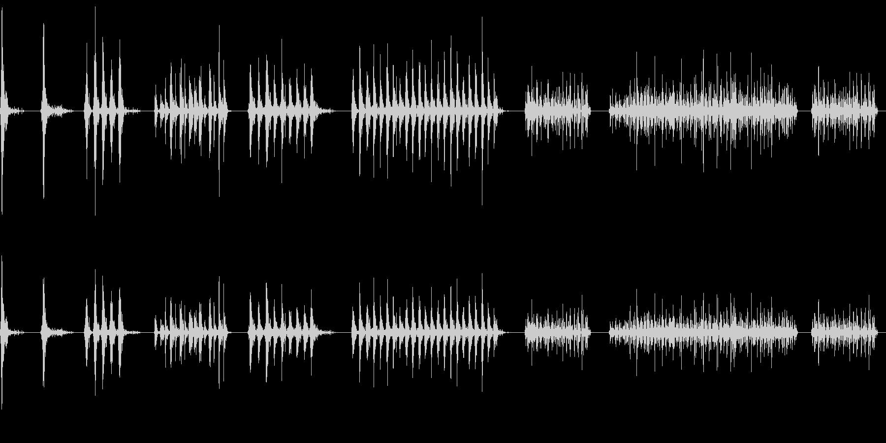 タンブリン、メタル、ロール、スピン...の未再生の波形