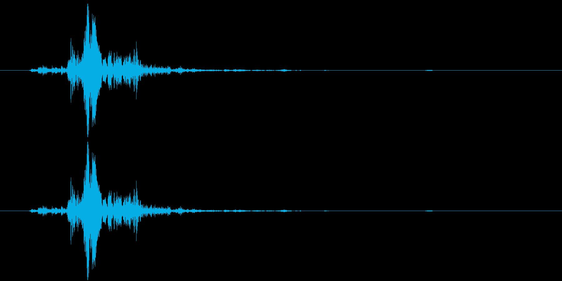 何かの装置的な音の再生済みの波形