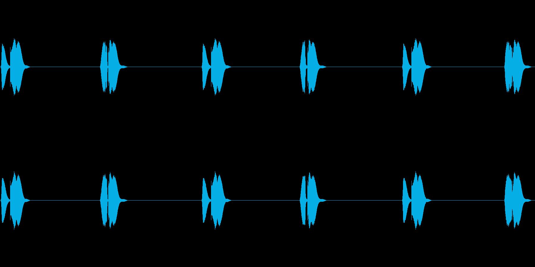 可愛い足音(よちよち歩き)の再生済みの波形