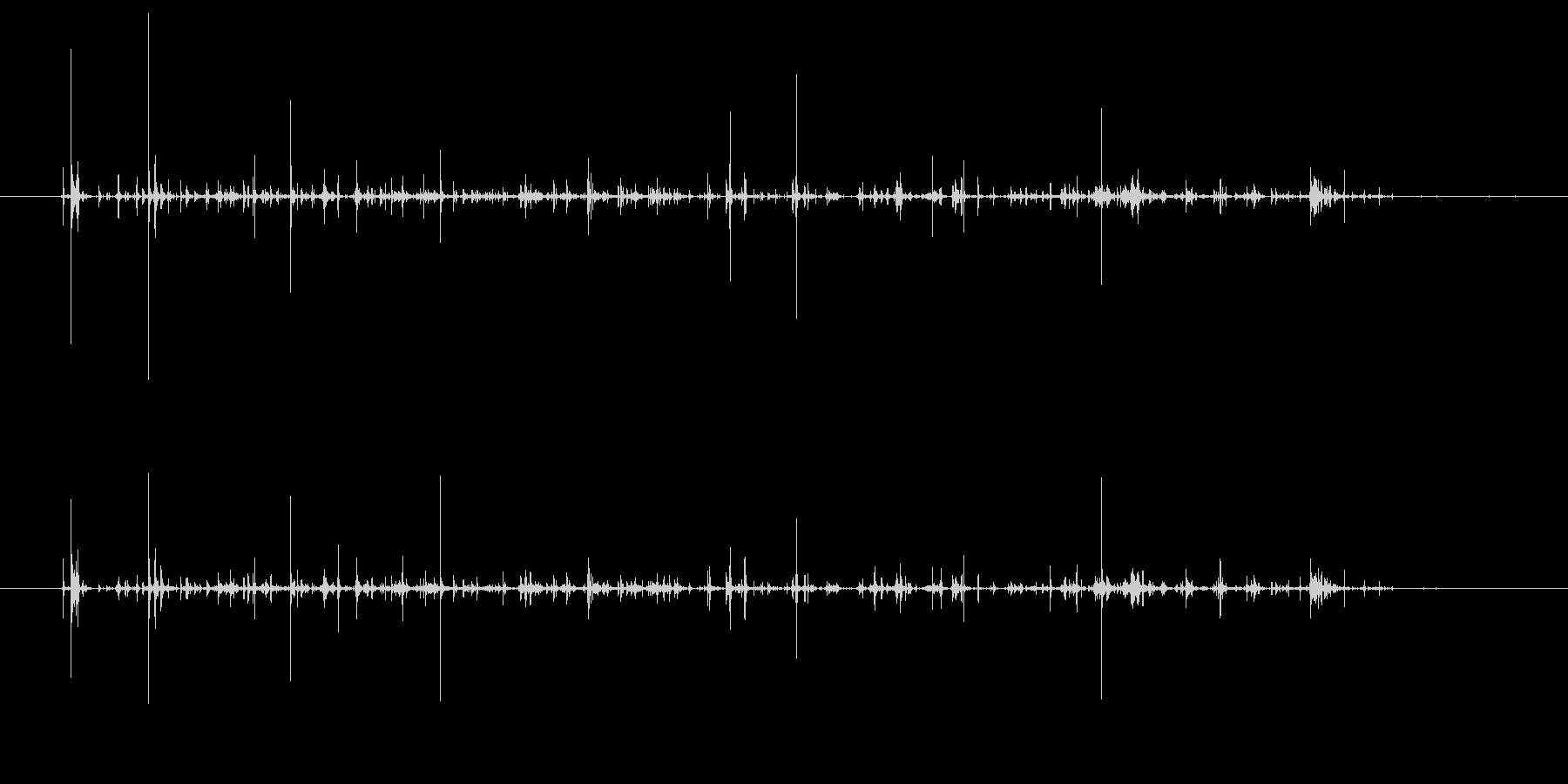 チャポチャポ(水を優しくかき回す音②)の未再生の波形