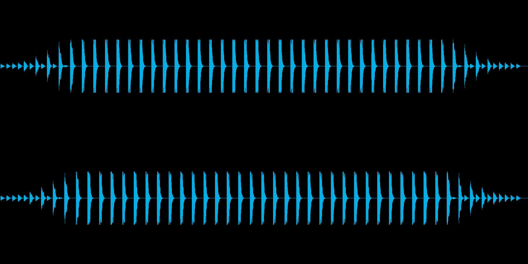 近づいて足踏みして遠ざかる巨人の足音の再生済みの波形