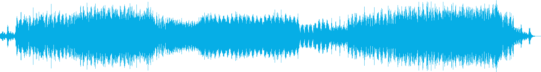 何かが始まると予感させて突き進むテクノ曲の再生済みの波形