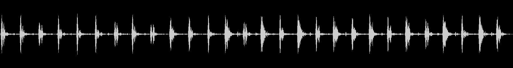 ホラーなどに適した低めの心臓の鼓動③の未再生の波形
