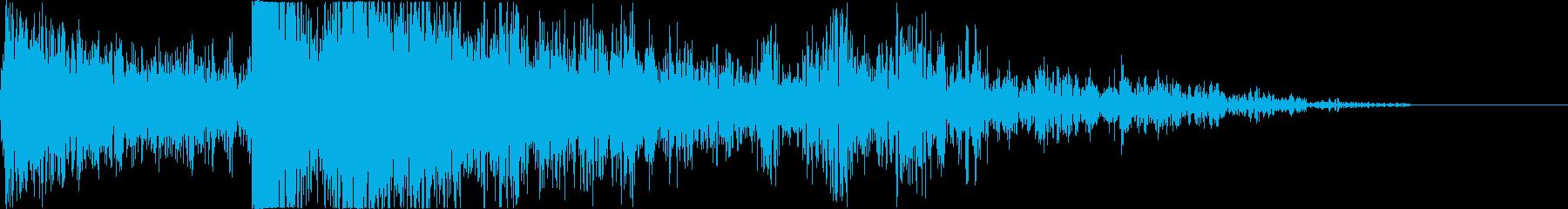 【爆発】 18 戦争 爆撃 ドーンッ!!の再生済みの波形
