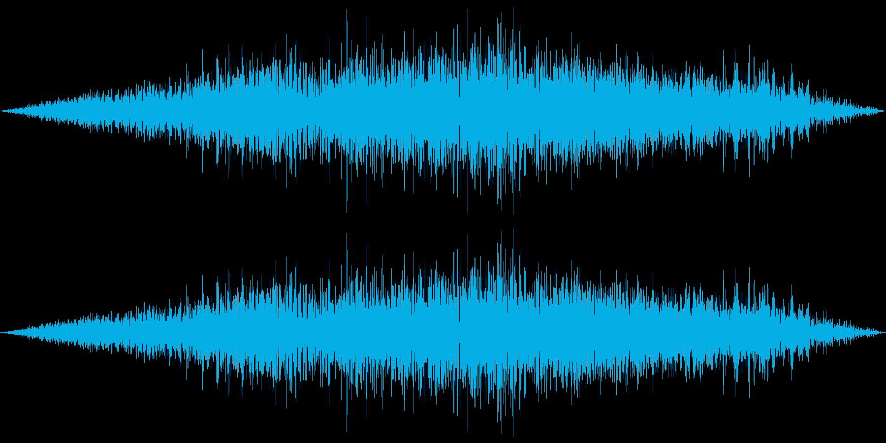 飛行機上空通過(上空1km)の再生済みの波形