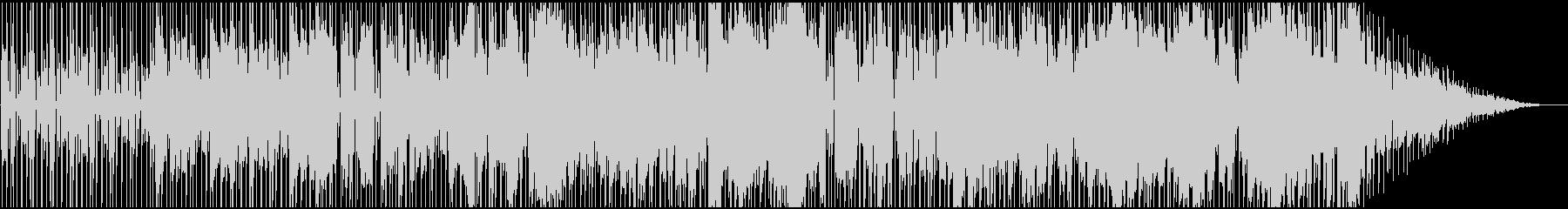 サックスとギターによるダークなファンクの未再生の波形
