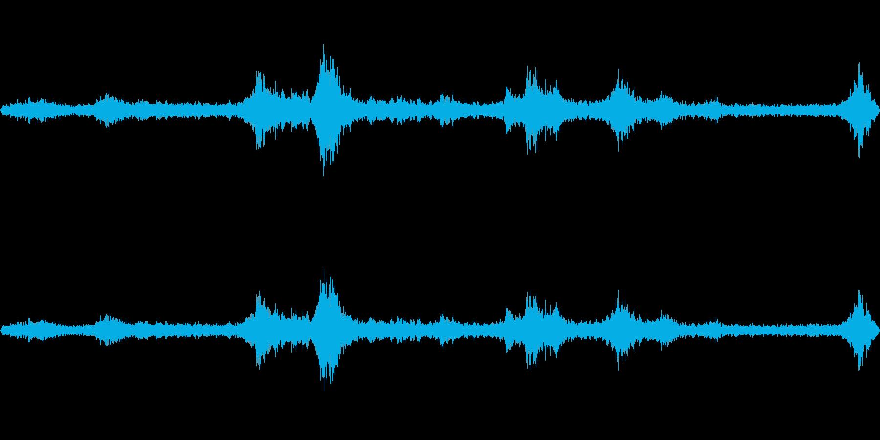 台風の日の室内(環境音)1の再生済みの波形