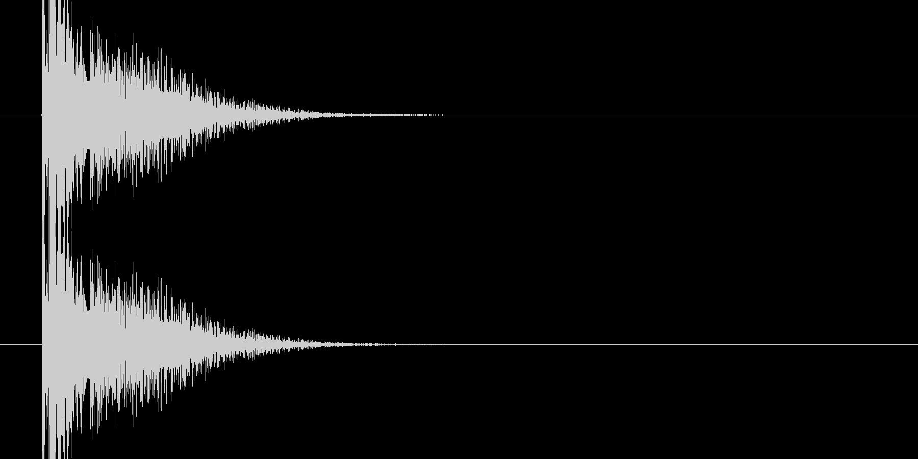 バンという大きめな銃声、破裂音05ですの未再生の波形