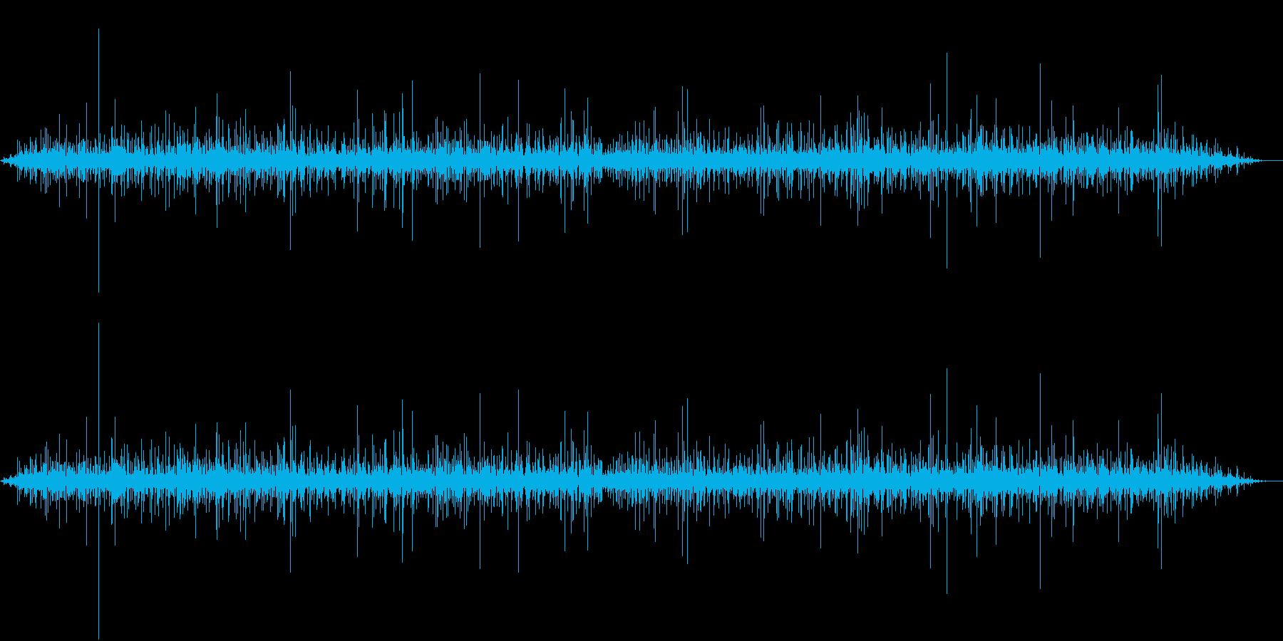 【生録音】側溝に水が流れる音 1の再生済みの波形