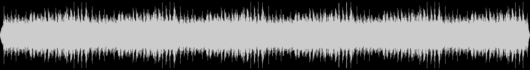 穏やかに折り重なるピアノのフレーズの未再生の波形