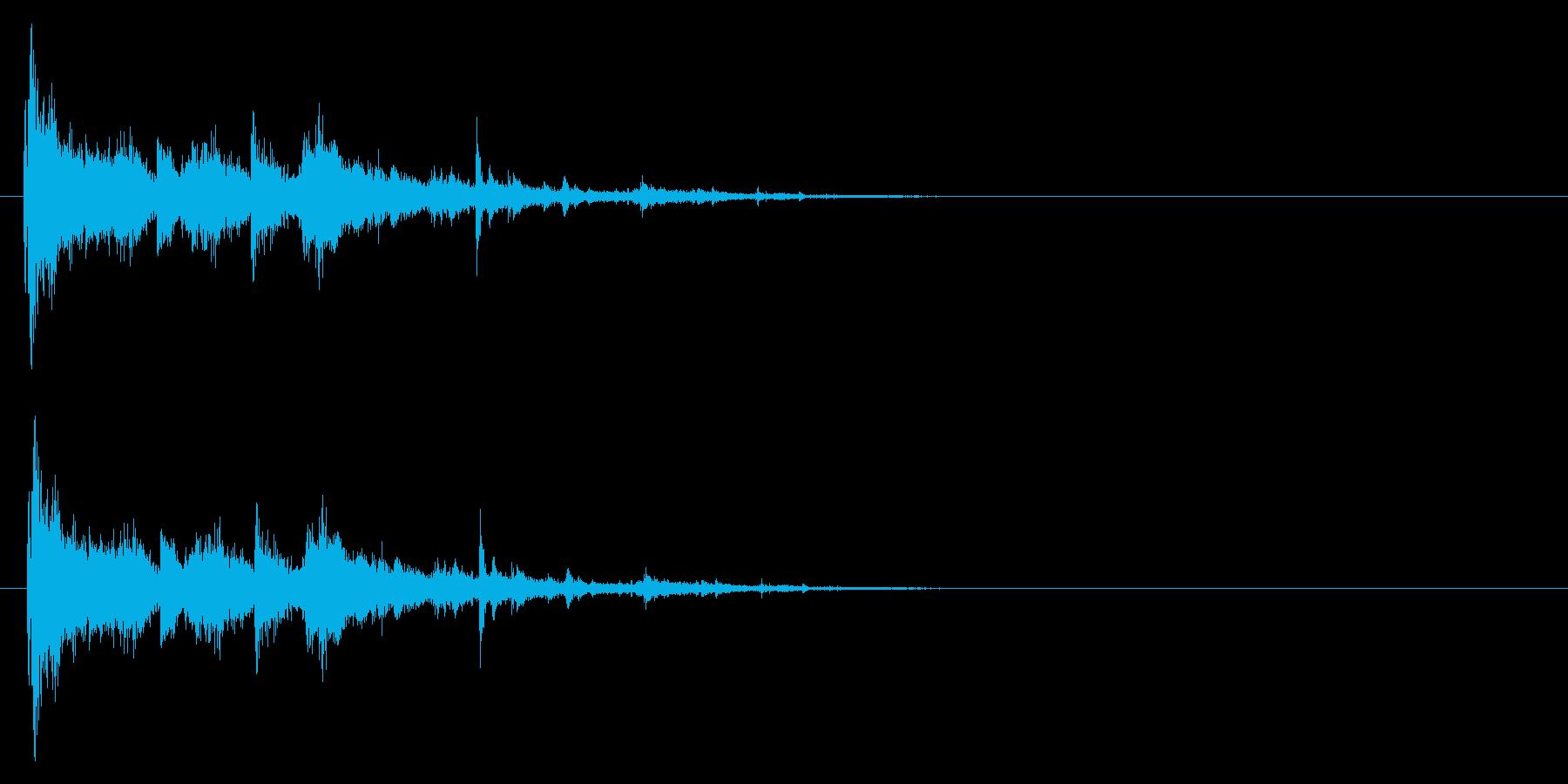 「ガシャーン」粉々にガラスの割れる音の再生済みの波形