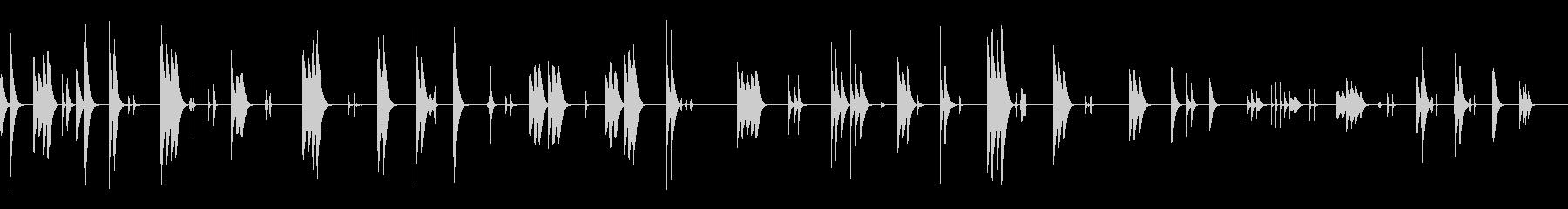 シンプルなゆったりした会話シーンの劇伴の未再生の波形