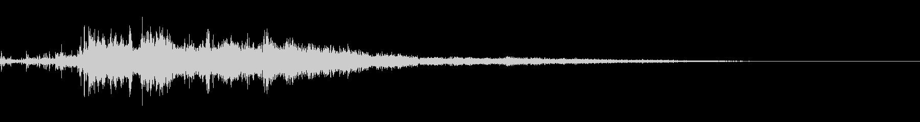 カミナリ(遠雷)-13の未再生の波形