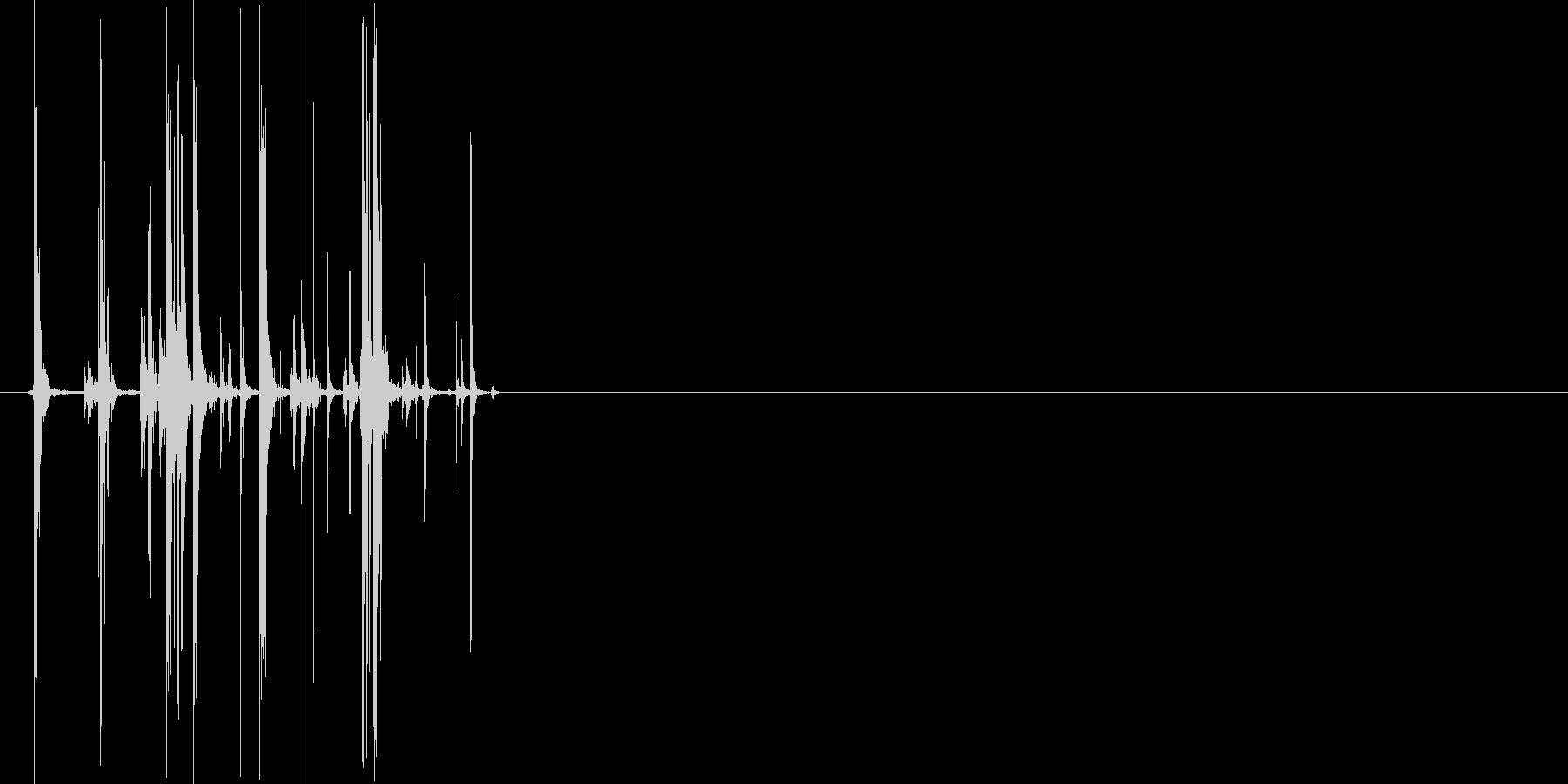 缶をつぶす音(めきめき)の未再生の波形