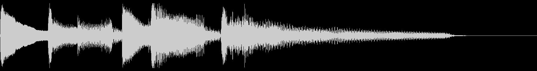 Bright arpeggio nylon guitar's unreproduced waveform