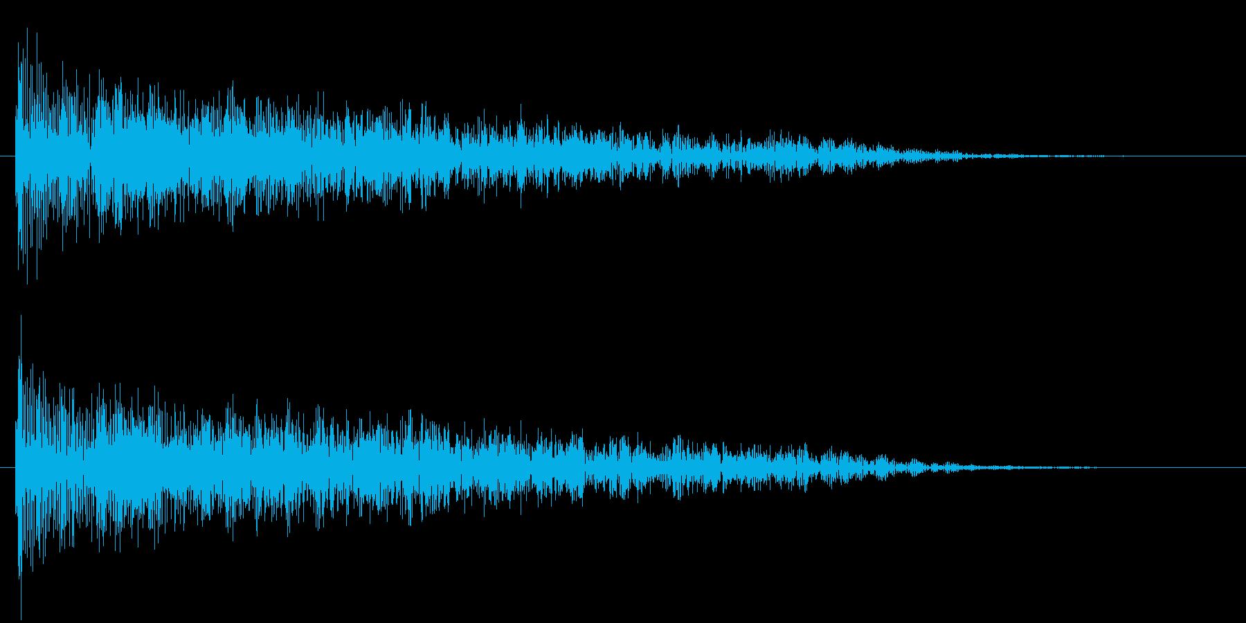 衝撃 歪んだ爆発ステレオ04の再生済みの波形