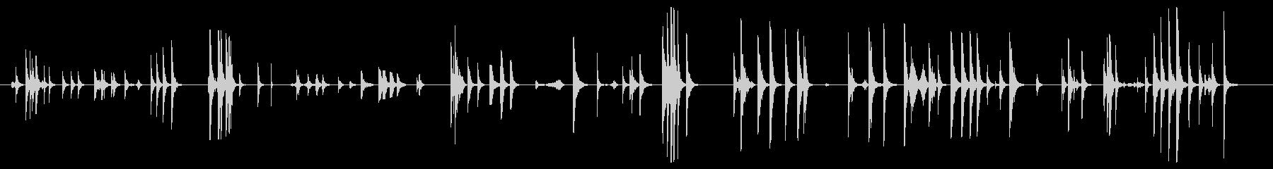 金属の金属パイプのヒットとタップの未再生の波形