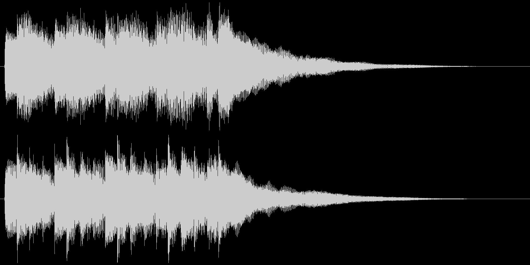 サウンドロゴジングルのドラマチックピアノの未再生の波形