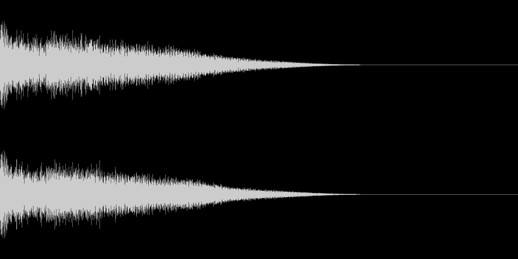剣と剣の打合い-04の未再生の波形