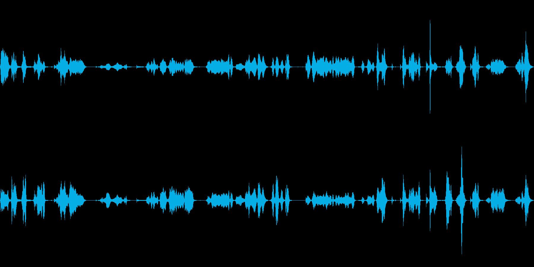 シンバル、メタル、スクラッチ、ホラ...の再生済みの波形