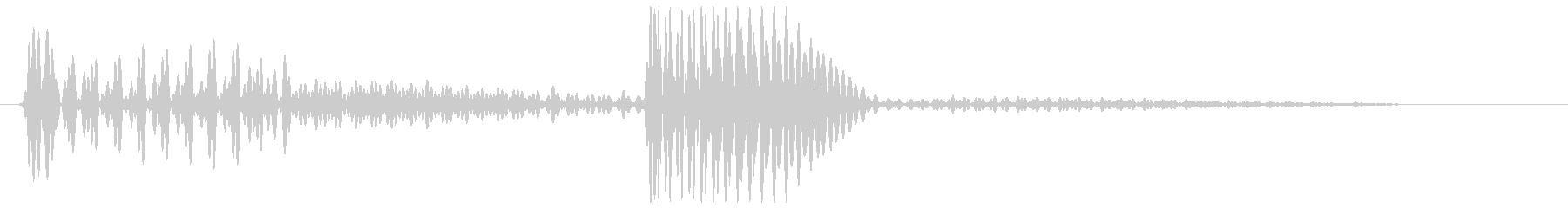 ベンッ(ベースの弦を弾いたような音)の未再生の波形