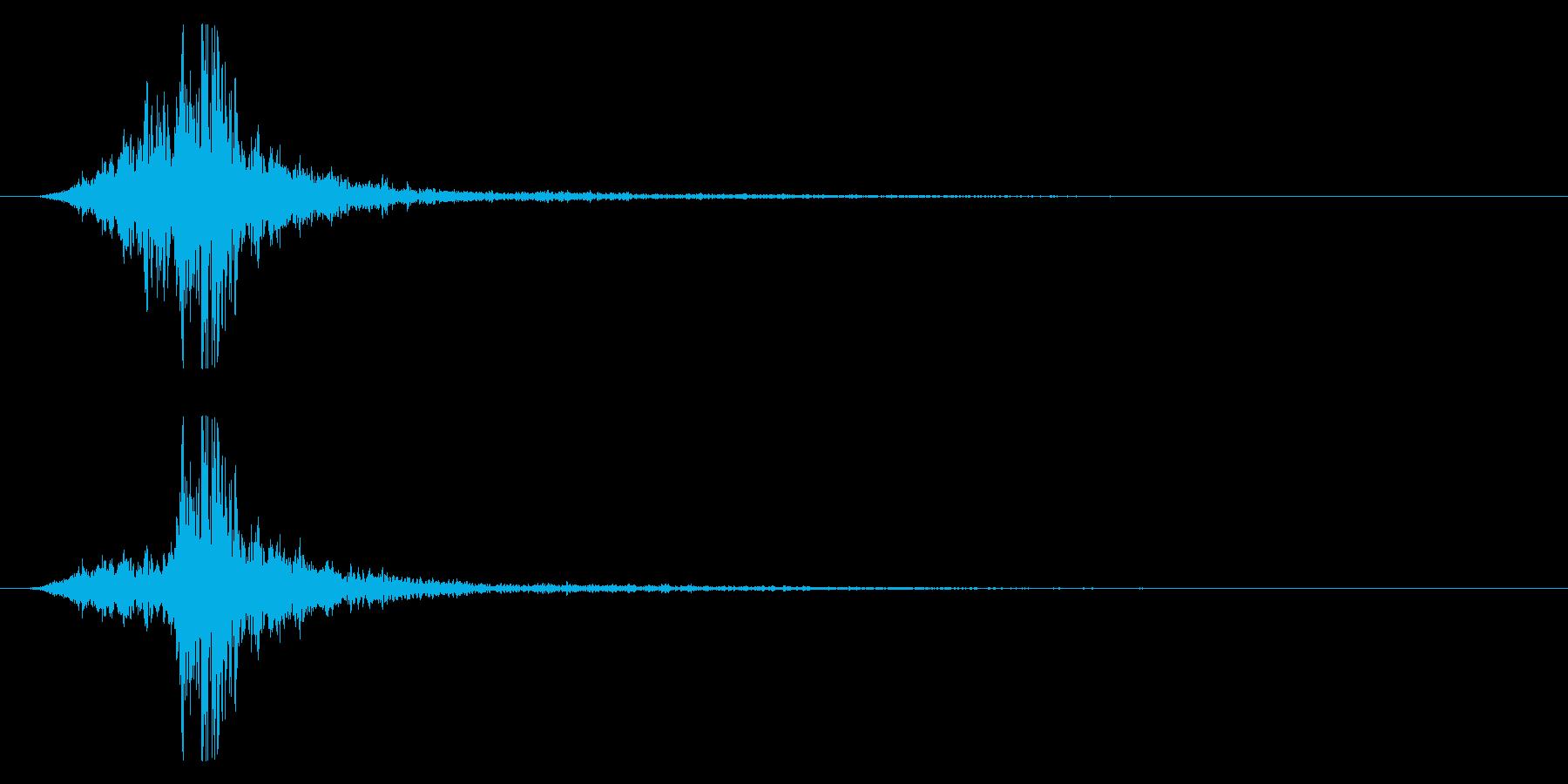マントをバサッとする音1 ステレオ感の再生済みの波形