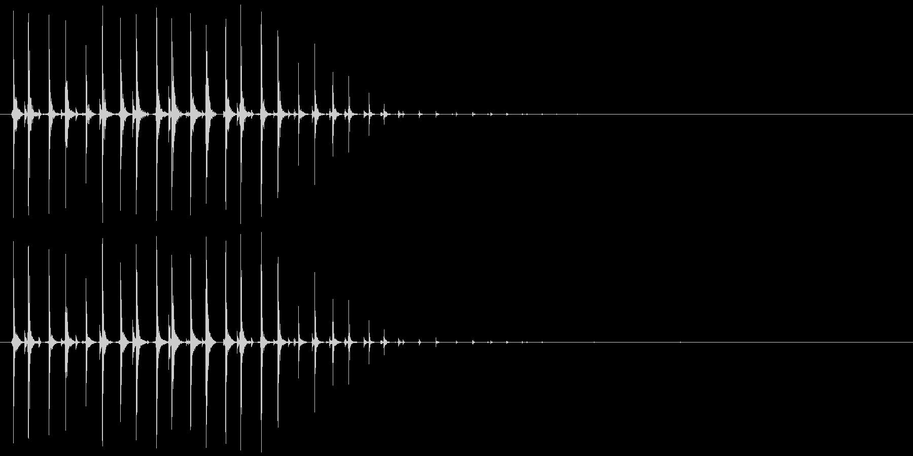 虫、モンスター等(動く鳴く)キチチチ…の未再生の波形