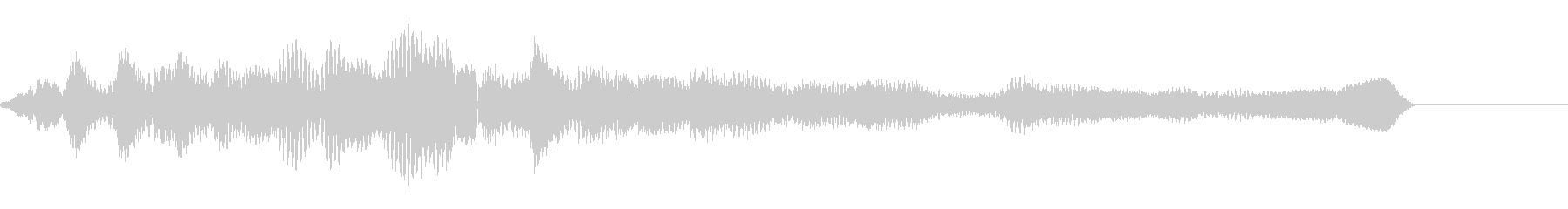 アンビエントな質感で細かなピアノジングルの未再生の波形